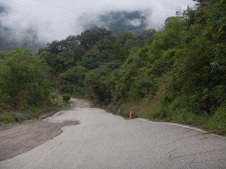 Buckling Road