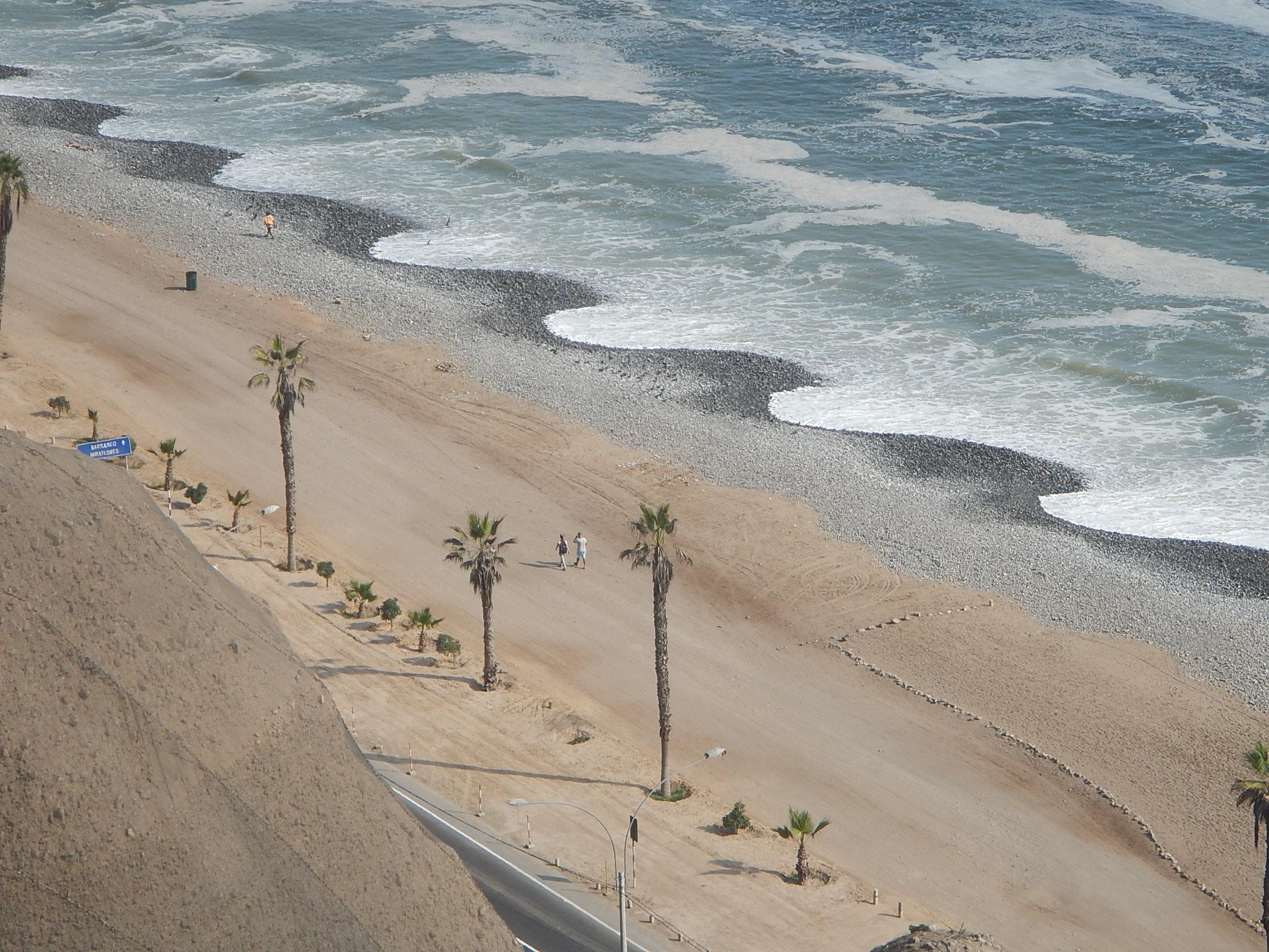 Lima's Sinusoidal Beach